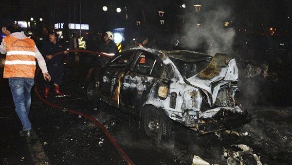 На месте теракта в Анкаре, 13 марта - Sputnik Азербайджан