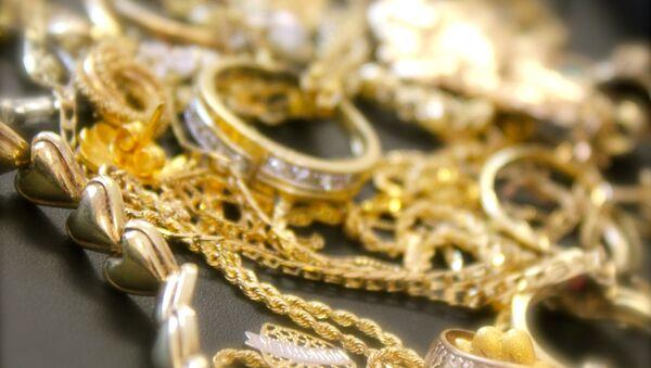 Золотые украшения. Архивное фото - Sputnik Азербайджан