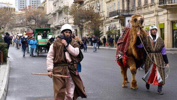 Праздничное шествие в преддверии Новруза, архивное фото - Sputnik Азербайджан