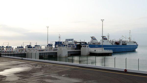 Бакинский международный морской торговый порт. Архивное фото - Sputnik Азербайджан