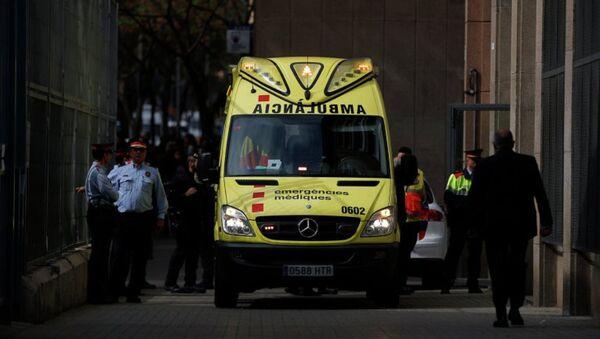 Машина скорой помощи в Испании. Архивное фото - Sputnik Азербайджан