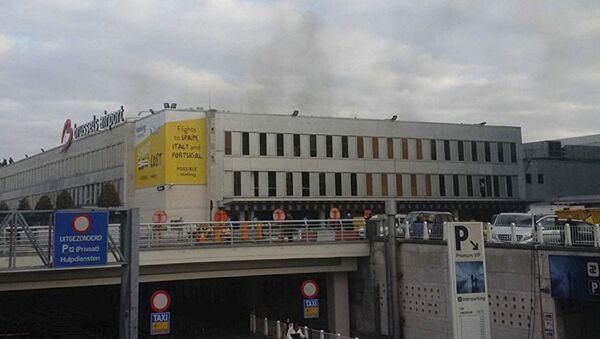 На месте взрыва в аэропорту Брюсселя. 22 марта 2016 г - Sputnik Азербайджан