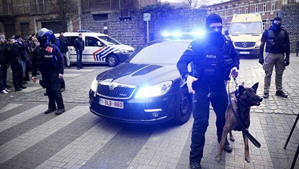 Полиция в Брюсселе. Архивное фото - Sputnik Азербайджан