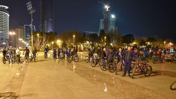 Движение велосипедистов Critical mass в Баку, архивное фото - Sputnik Азербайджан