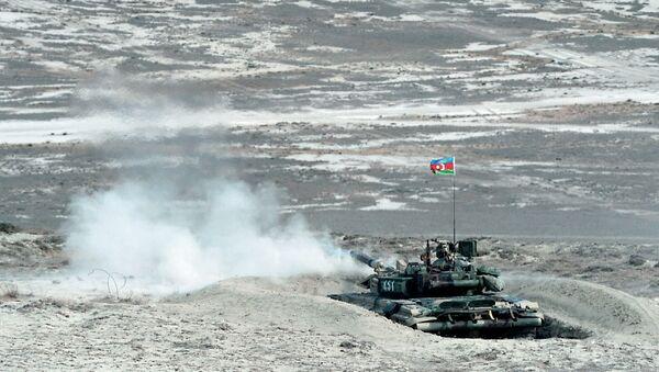 Военные учения, проводимые в Нахчыванской АР, фото из архива - Sputnik Азербайджан