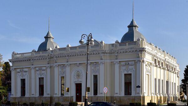 Здание Азербайджанского государственного кукольного театра в Баку - Sputnik Азербайджан