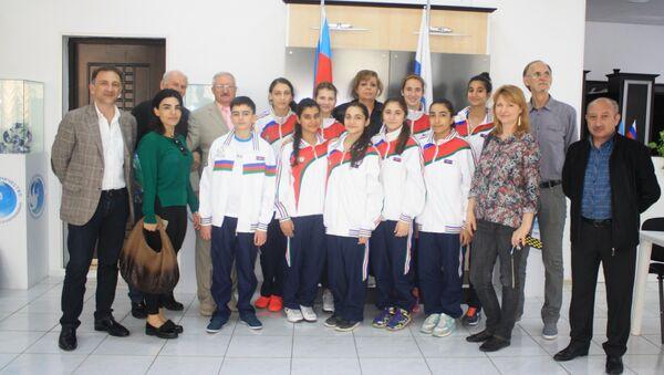 Азербайджанские участники Всемирных игр юных соотечественников 2016 года - Sputnik Азербайджан