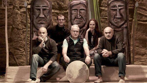 Əməkdar artist Vidadi Həsənov (sağda) - Sputnik Azərbaycan