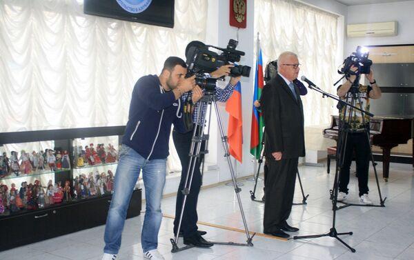 Руководитель представительства Россотрудничества в Азербайджане Валентин Денисов - Sputnik Азербайджан