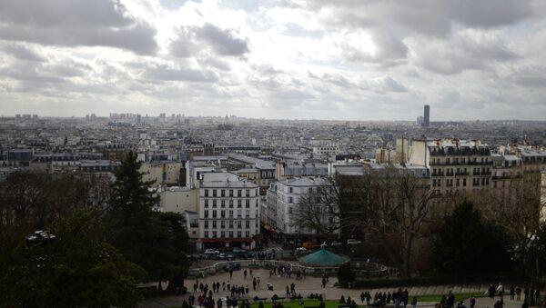 Вид на Париж с холма Монмартр - Sputnik Азербайджан