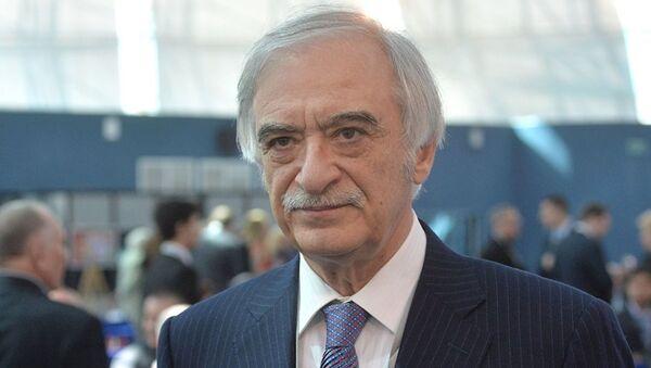 Посол Азербайджана в России Полад Бюльбюль оглы на форуме победителей Великая Победа, добытая единством - Sputnik Азербайджан