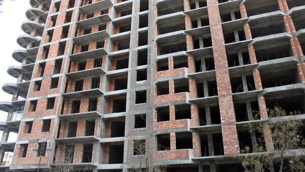 Строительство жилого дома в Баку. Архивное фото - Sputnik Азербайджан