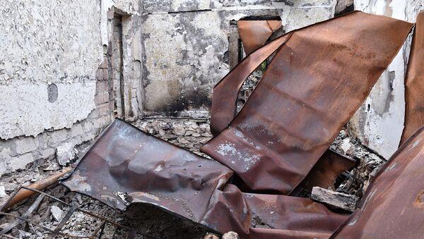 Разрушенные дома Агдамского района. Архивное фото - Sputnik Азербайджан