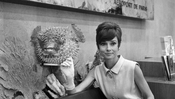 İngilis aktrisası Odri Hepbern 1965-ci ildə - Sputnik Azərbaycan