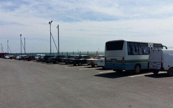 Интересно, что в город отсюда не ездят ни такси, ни автобусы - Sputnik Азербайджан