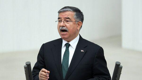 Министр обороны Турции Исмет Йылмаз - Sputnik Азербайджан