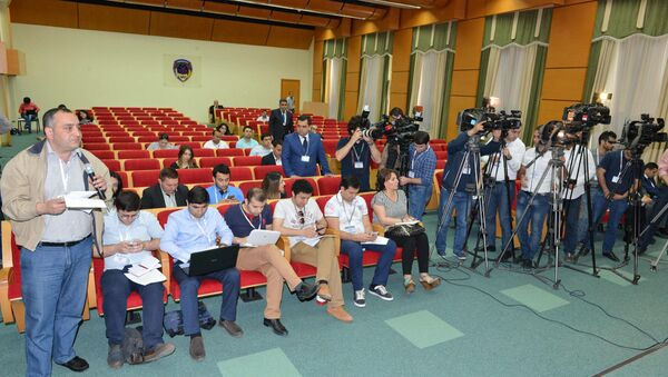 Пресс-конференция Министерства по налогам АР - Sputnik Азербайджан