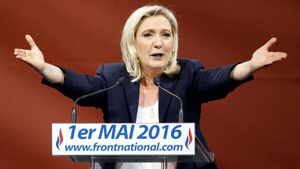 Marin Le Pen, Fransanın Milli cəbhə partiyasının lideri - Sputnik Azərbaycan