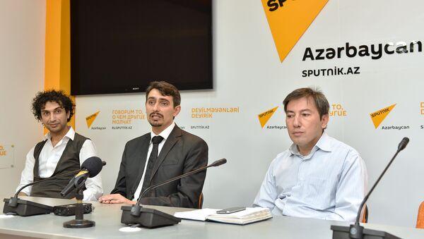 Пресс-конференция в международном пресс-центре Sputnik Азербайджан ,посвященная открытию в Азербайджане Чемпионата по танцам - Sputnik Азербайджан