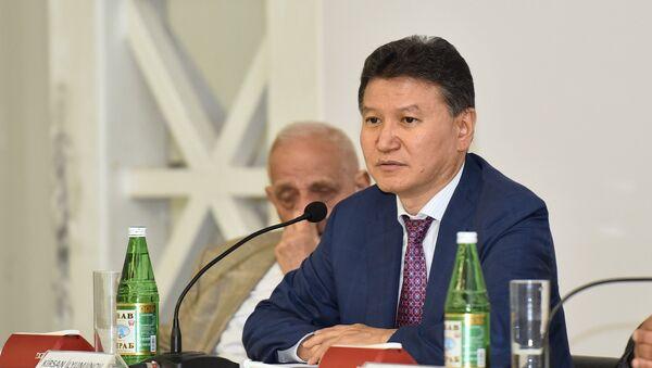Kirsan İlümjinov, FİDE-nln prezidenti - Sputnik Azərbaycan