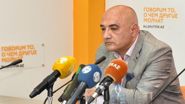 Politoloq Tofiq Abbasov - Sputnik Azərbaycan