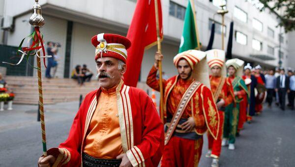 Акция протеста у здания консульства Германии в Стамбуле - Sputnik Азербайджан
