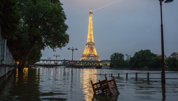 Наводнение в Париже - Sputnik Азербайджан