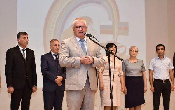 Выступление руководителя Россотрудничества в Азербайджане Валентина Денисова - Sputnik Азербайджан