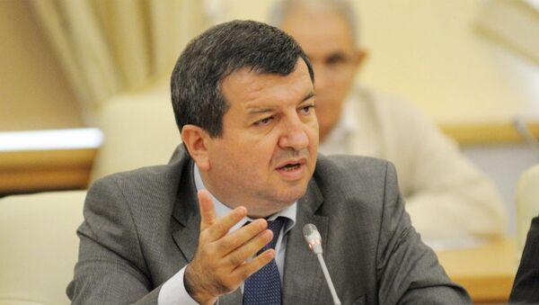 Тогрул Исмаил, профессор университета TOBB (Анкара) - Sputnik Азербайджан