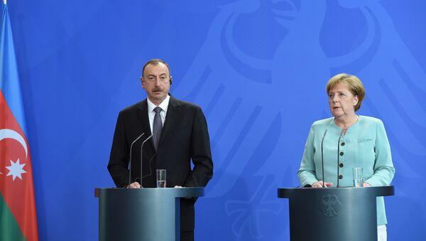 Пресс-конференция по итогам переговоров канцлера Германии Ангелы Меркель и президента Азербайджана Ильхама Алиева, фото из архива - Sputnik Азербайджан