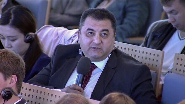 Заместитель заведующего общественно-политическим отделом Администрации Президента Азербайджана Вугар Алиев - Sputnik Азербайджан