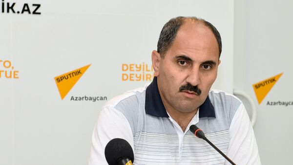 Политический аналитик, член Совета по прессе Азербайджана Азер Хасрет - Sputnik Азербайджан