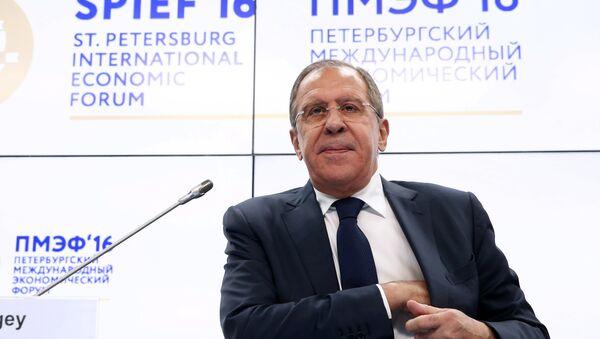 Министр иностранных дел РФ Сергей Лавров участвует в сессии клуба Валдай - Sputnik Азербайджан