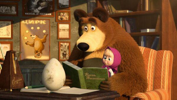 Кадр из мультфильма Маша и Медведь - Sputnik Азербайджан