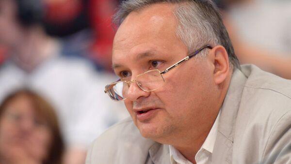 Российский политолог Андрей Суздальцев - Sputnik Азербайджан