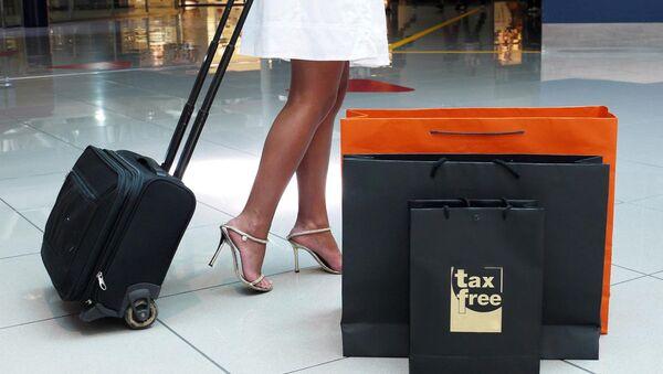 Пакет с надписью Tax Free - Sputnik Азербайджан