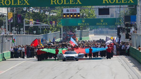 Всплеск эмоций на Гран-При Формулы-1 в Баку - Sputnik Азербайджан