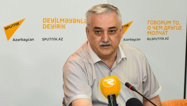 Фуад Ализаде, экономист - Sputnik Азербайджан