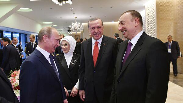 Vladimir Putin, Rəcəb Tayyip Ərdoğan və İlham Əliyev. Arxiv şəkli - Sputnik Azərbaycan