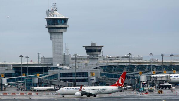 Atatürk Beynəlxalq Hava Limanı - Sputnik Azərbaycan
