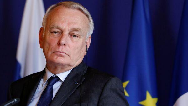 Глава МИД Франции Жан-Марк Эйро - Sputnik Азербайджан