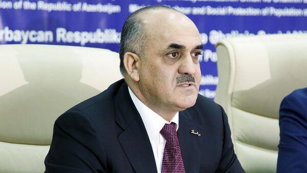 Салим Муслимов, министр труда и соцзащиты населения Азербайджана - Sputnik Azərbaycan