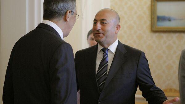 Глава МИД РФ Сергей Лавров провел встречу с турецким коллегой Мевлютом Чавушоглу - Sputnik Азербайджан