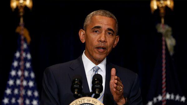 Президент США Барак Обама выступает на саммите НАТО в Варшаве - Sputnik Азербайджан