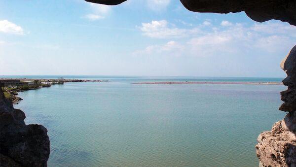 Gürcüstan ərazisində göl. Arxiv şəkli - Sputnik Azərbaycan