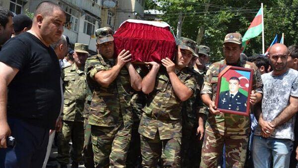 Похороны Рагима Тагиева - Sputnik Азербайджан