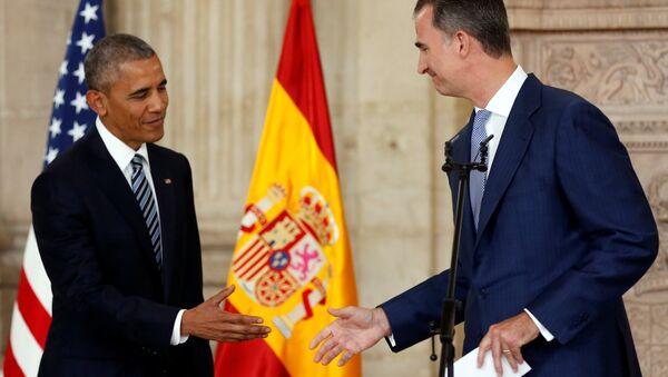 Король Испании Фелипе VI (справа) и президент США Барак Обама - Sputnik Азербайджан