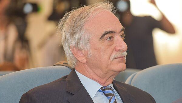 Полад Бюльбюль-оглы, Чрезвычайный и Полномочный Посол Азербайджанской Республики в Российской Федерации - Sputnik Азербайджан