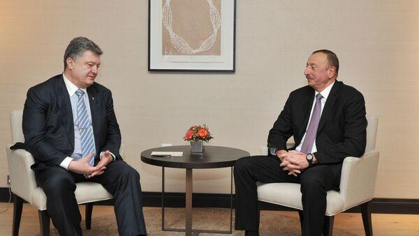 Встреча Ильхама Алиева с Президентом Украины Петром Порошенко. Давос, 22 января 2016 года - Sputnik Азербайджан