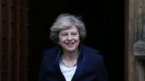 Премьер-министр Великобритании Тереза Мэй - Sputnik Азербайджан